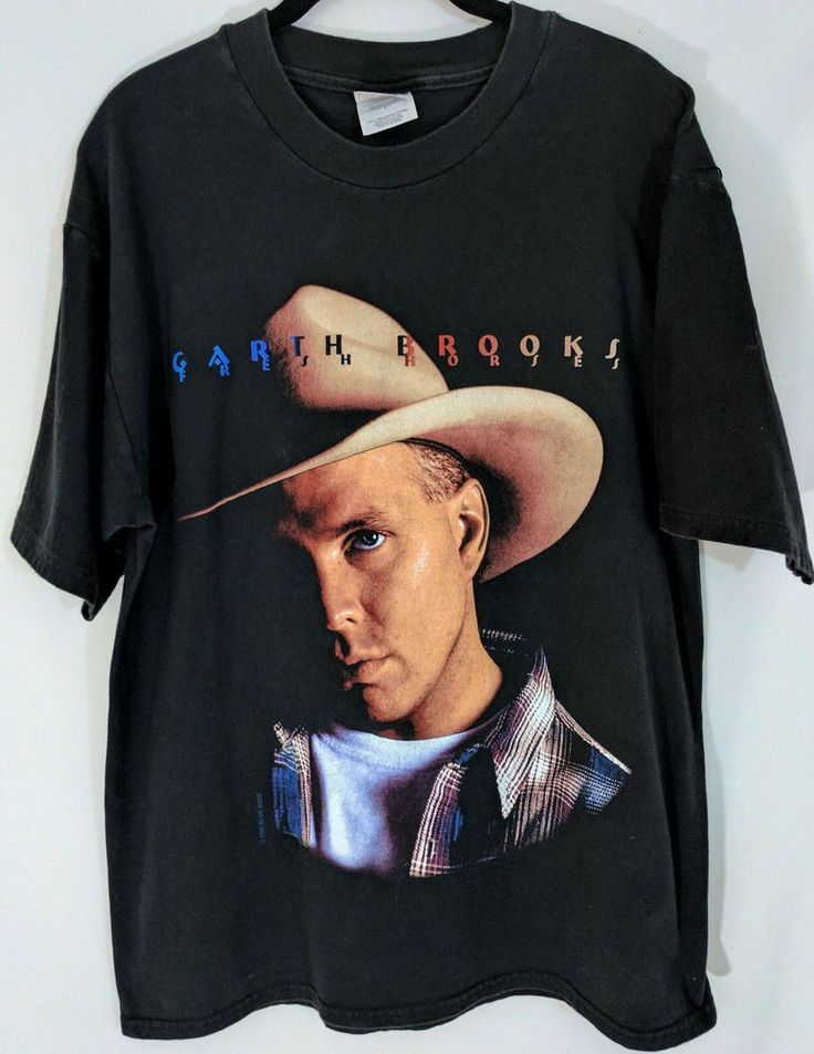 Garth Brooks Concert T-Shirt Fresh Horses 1990s Tour Cotton Black Size L #Hanes #GraphicTee