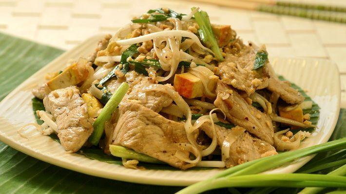 PAD THAI - stekte nudler med svinekjøtt - MatPrat