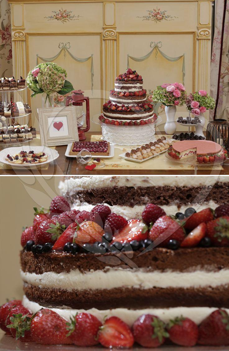 #pink #candybar #love #wedding #weddingthemes #senneville #BunBun #magic #taste #sweets #weddingdesign #weddingtable #strawberry #nakedcake #babyshower