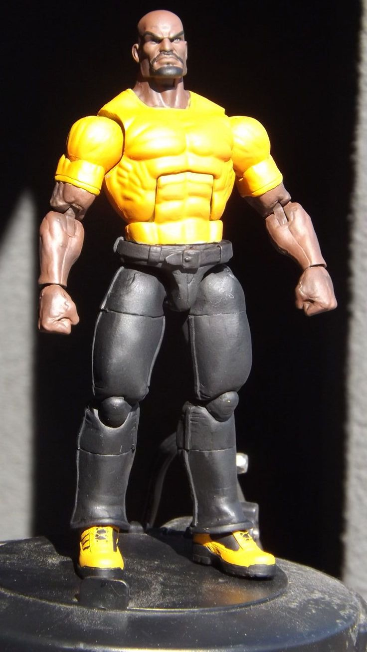 Luke Cage vers ??? (Marvel Legends) Custom Action Figure