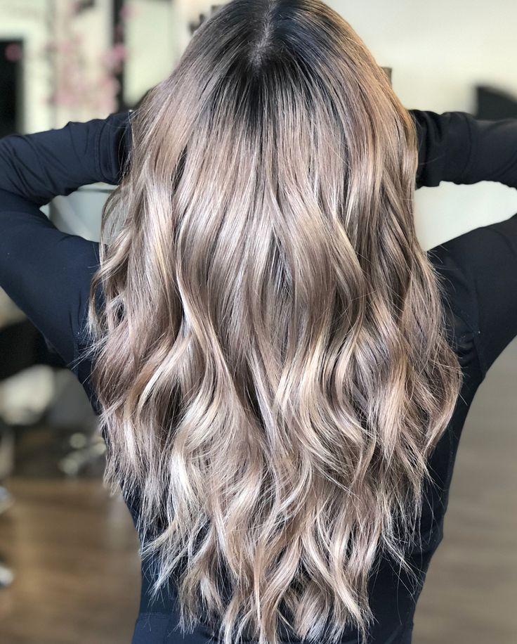 Frisuren Trend 2019: Mushroom Blonde ist die perfekte Farbe für blonde und braune Haare
