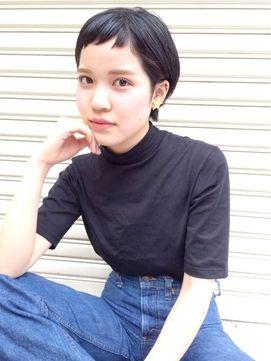H hair design【エイチ ヘアーデザイン】 ブラック×ショートバング