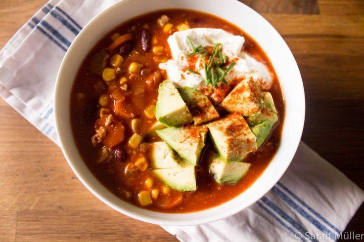 Veganes Chili von Sarah's Kochbuch - Räuchertofu, Bohnen und Mais!