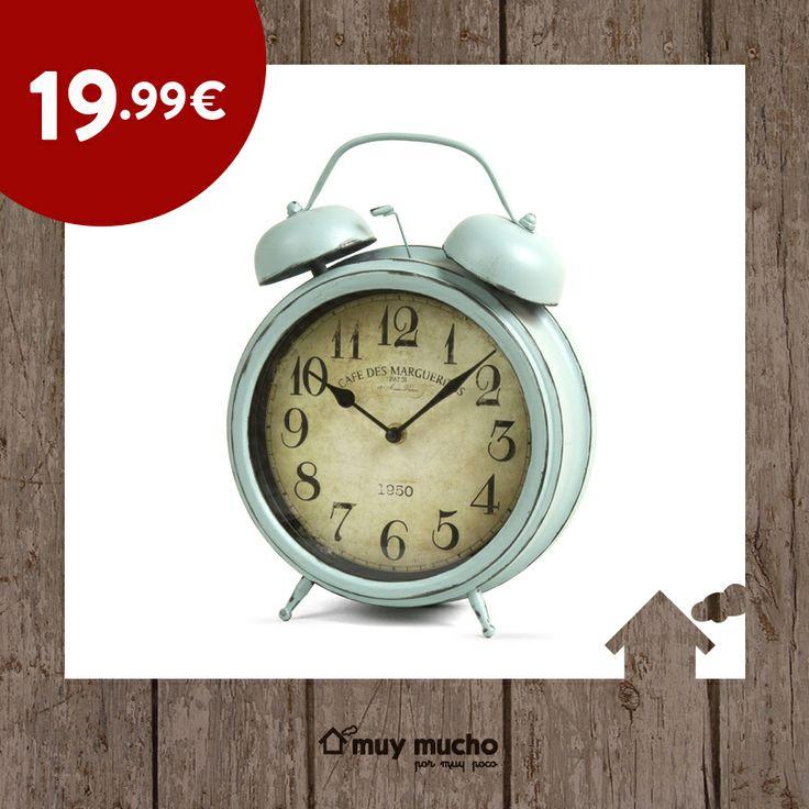 Decora tu habitación con un bonito reloj de estilo vintage.