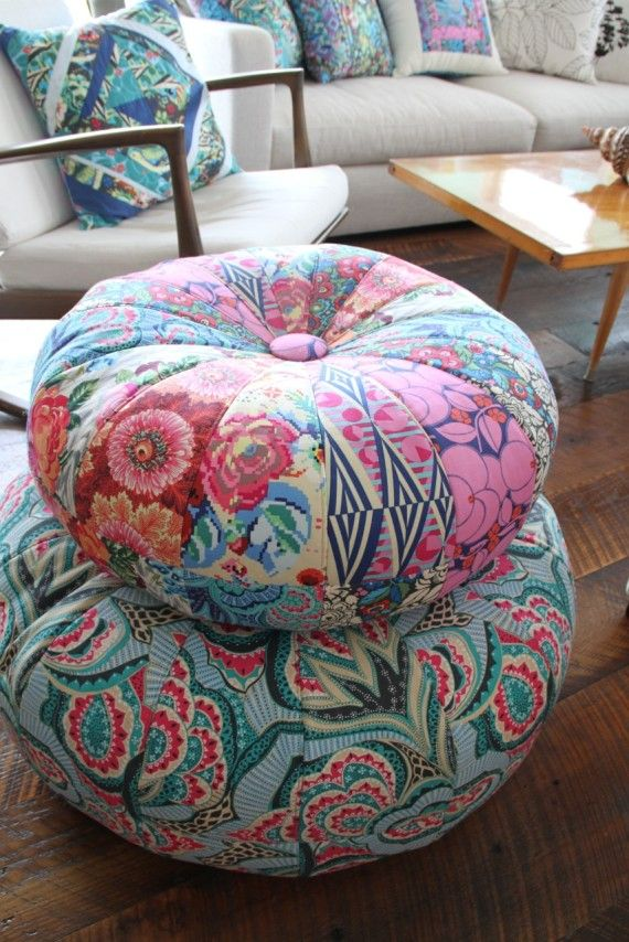 Honey Bun Poufs,  pattern by Amy Bradley for 2 sizes                                                                                                                                                                                 More