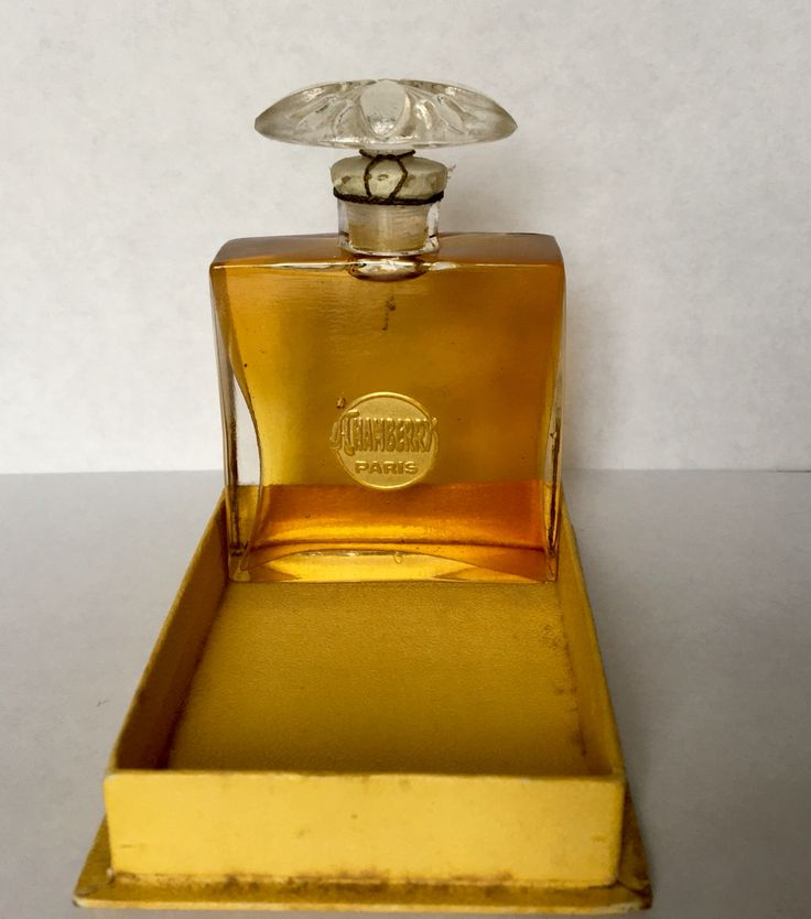French Art Deco perfume bottle of Jacques Chamberry Paris/ A la reine des pres circa 1920.