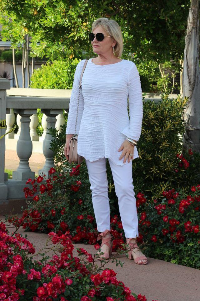 63 Casual Outfits For 50 Year Old Woman Fashion For Women Over 50 Update Casual Outfits Fashion Over Fifty Casual Summer Outfits