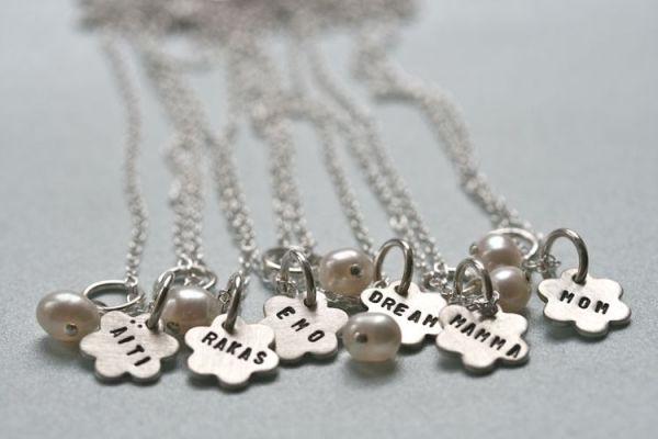 Jewelry for mom #äitienpäivä #äidille #äitikoru