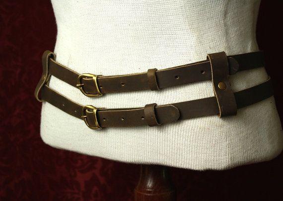 Cuir steampunk Double ceinture militaire / Tank Girl inspirée. Brown, cuir noir…
