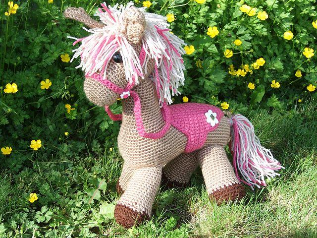 Ravelry: Perfect Pony pattern by Jennifer Down Under