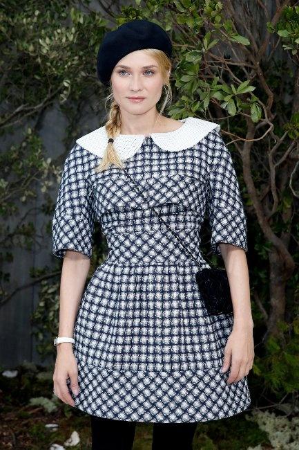 Diane Kruger llevaba un vestido bustier corto en blanco y negro con top a juego, de la colección Primavera-Verano Ready-to-Wear 2013.