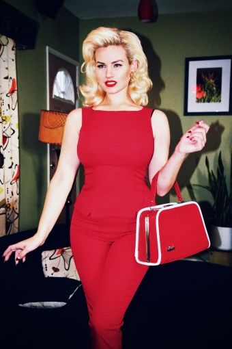 Glamour Bunny - 50s Shift Top in Red