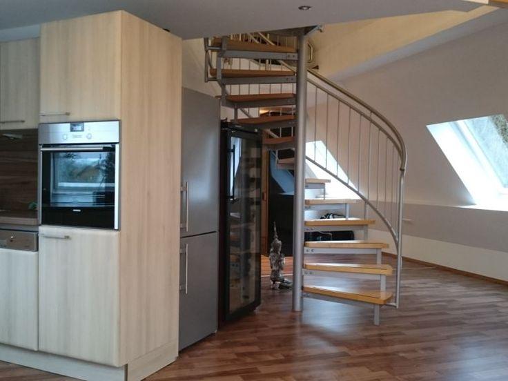 München   Wohnungssuche   2,5 Zimmer Maisonette Wohnung Ab 01.05. Zu  Vermieten.