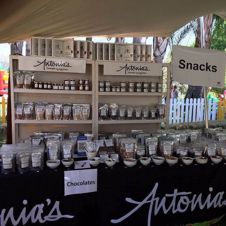 Antonia's stunning range on display and products being sold at Festa Di Primavera... It was beautiful and we had a wonderful time. #festadiprimavera2015 #leafygreenscafé #Antonia's.
