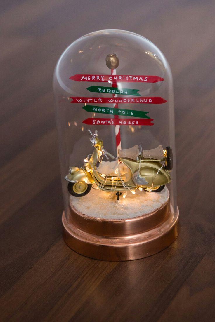 Which way shall we go? / Merre induljunk? #xmas #xmasdecoration #christmas #diorama #merrychristmas #rudolph #winterwonderland #northpole #santashouse #gift #idea #ajándék #ötlet #karácsony #diy #vespa #budapest