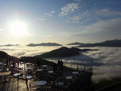 Unkai Terrace,   The Alpha Resort TOMAMU, Hokkaido, JAPAN