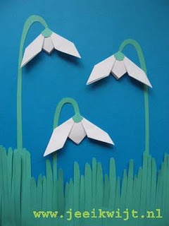 Fold a snowdrop  use with tissue paper for transparency