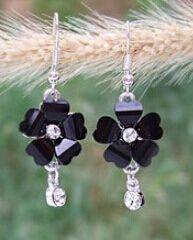 Эд 071 корейский дамы темперамент персик в форме сердца 5 листья и цветы вспышка алмаз серьги имитация