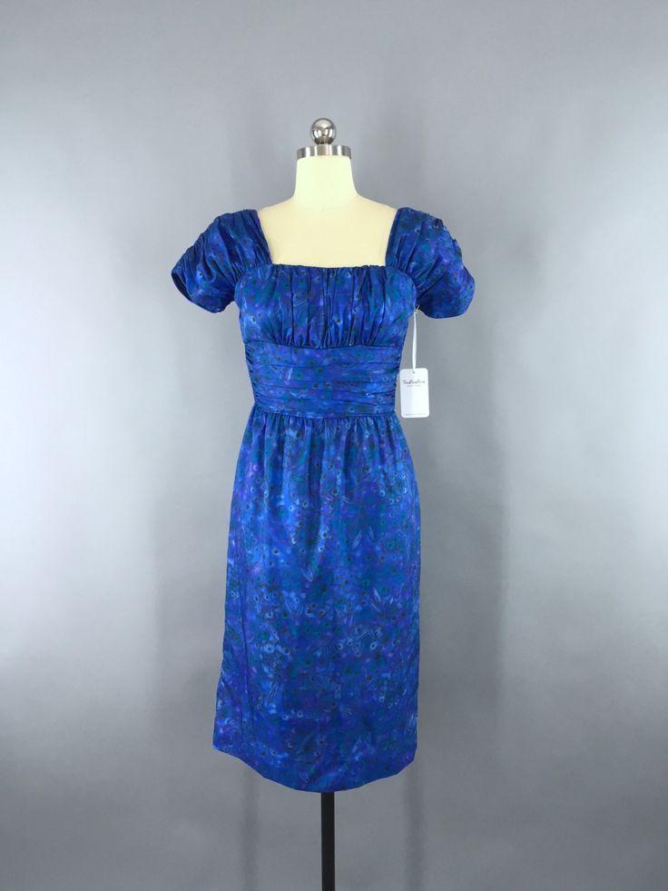 Vintage 1950s Dress / Blue Floral Print Dress