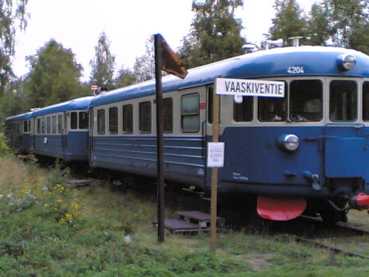 Lättähattu on the rails, nostalgy,.....
