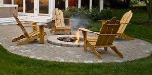 Möchten Sie Ihre eigene Feuerstelle bauen? Wir haben eine Liste der besten DIY-Feuergruben-Ideen zusammengestellt, die Sie bequem von zu Hause aus erstellen können.