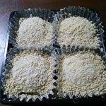 恵那栗工房良平堂 - 料理写真:栗粉餅