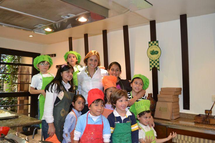 Curso niños Academia de Cocina Verde Oliva - Noticias Caracol