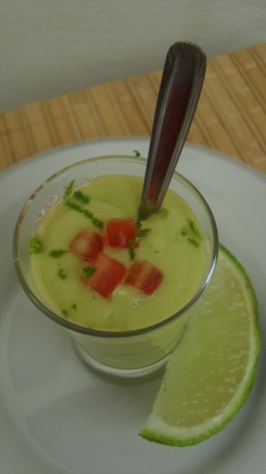 Sopa Fria de Abacate ~ Gourmet Deli Chilled Avocado Soup