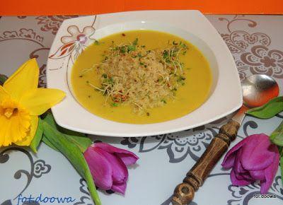 Moje Małe Czarowanie: Zupa krem z pasternaku z komosą ryżową