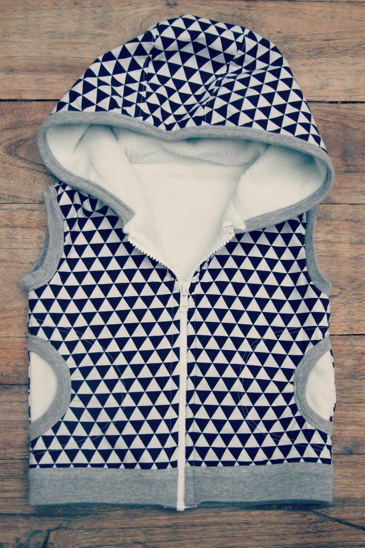 DIY - sew - Sleeveless hoodie pattern Make it perfect 'Little Hero vest'
