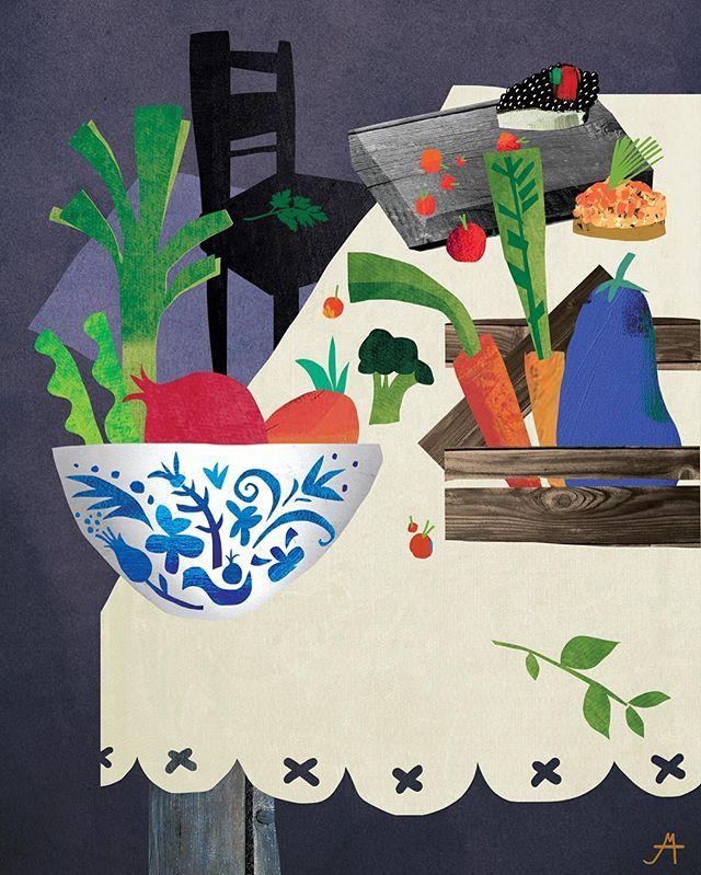 Опасные заказы с картинками про еду 😛 Пока делала наброски съела полтора холодильника 🐘 результат — шмуцтитулы и мелкие картинки к главам для книги «Секретные материалы» весёлого ИД «Ресторанные ведомости» ☝️🍇🍆🍸про звездных шеф-поваров, которые раскрывают секреты своего мастерства 🍒вот первый шмуц про «сервировку» — гжель, скандинавский стиль, овощи в ящиках, тапас, грубые доски, травки, ягодки 👌скоро покажу остальных парней…