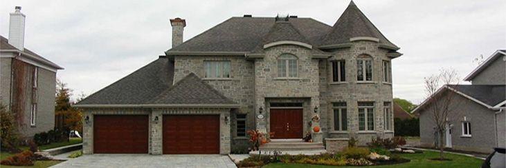 wow, quelle belle maison!.  Je l'aime tant.  J'espère de pouvoir en acheter une si belle un jour.