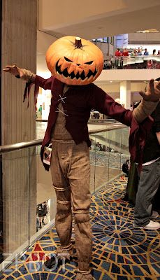 I love this awesome Jack Skellington Pumpkin King costume!