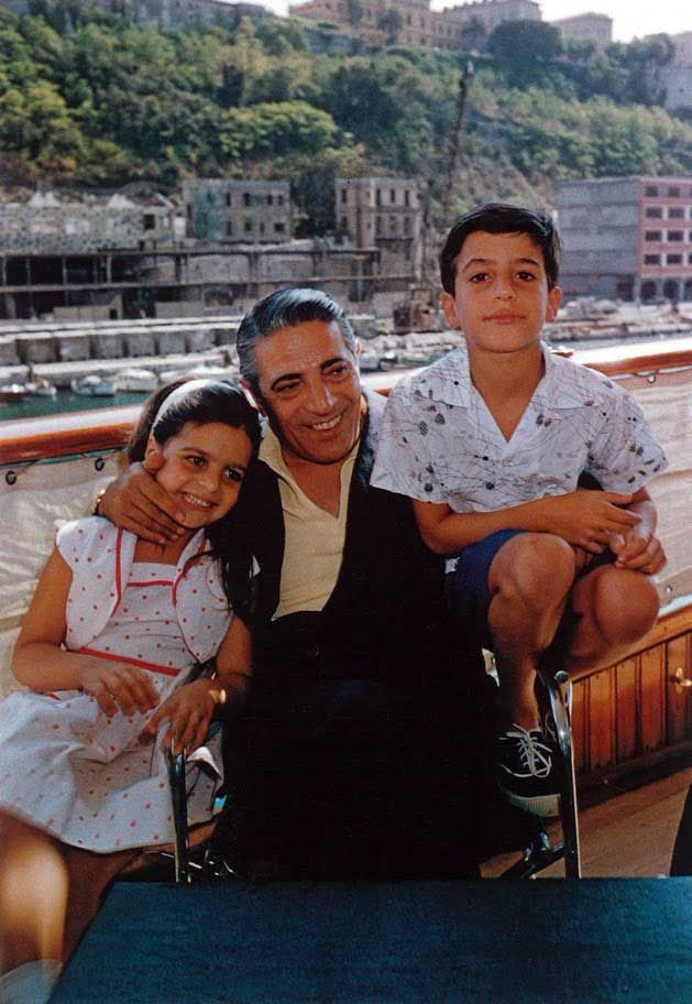 Aristotle Onassis and his family, Miami  Slim Aarons