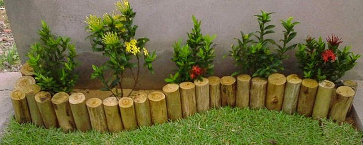 Jardins pequenos - As melhores ideias para um jardim pequeno Design e planejamento de um jardim pequeno Jardins pequenos precisam ser planejadas com tanto quanto, se não mais, cuidados do que o grandejardim. Por isso pense em como você quer usar o seu jardim durante todo o ano; observe onde o sol cai durante o d... - http://www.canetaespia.com.br/ecoblog/2017/02/18/jardins-pequenos/