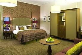 Special offers on luxury self-catering apartments in Harrogate town centre.