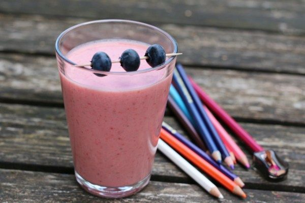 Noe av det enkleste, kjappeste, beste og sunneste du kan lage er smoothie. Smoothie er en ypperlig måte å utkvittere en eller flere av de obligatoriske «5 om dagen», men er også en fin …
