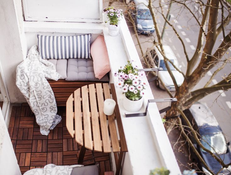 Nossa pequena varanda pequena: dicas, configuração, espaço de armazenamento   – Wohnung – DUS