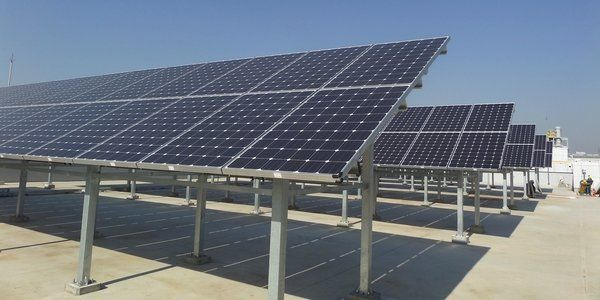 Samsung Commits To 100 Percent Renewable Energy By 2020 Solar Energy Diy Solar Power Diy Renewable Energy