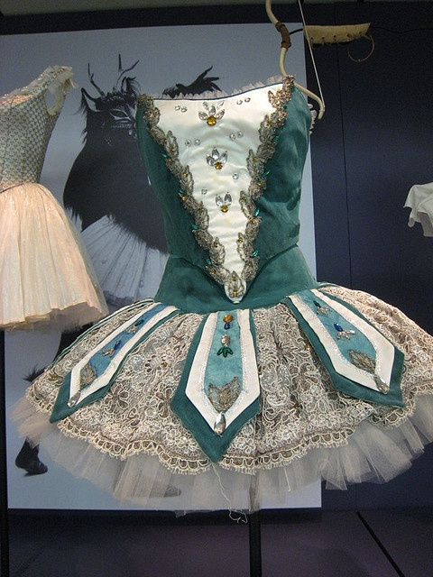 Beauty and the Beast costume by Tony Duquelle 1958 www.theworlddances.com/ #costumes #tutu #dance