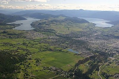 We live in paradise! Vernon, BC in Canada... year-round! This is a view from the north, with Kalamalka lake on the left and Okanagan lake on the right. ....Nice picture
