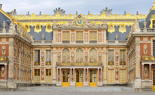 My list of five Chic and Easy Daytrips from Paris is on eBay today. #paris #versailles #travel