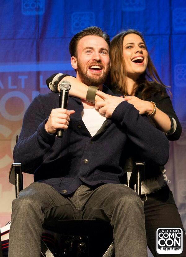 Chris Evans and Hayley Atwell being cute at #SLCC2015