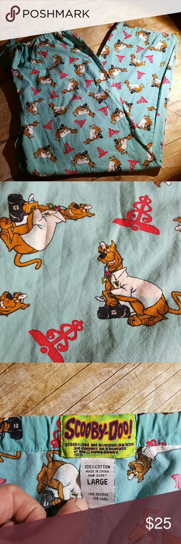 Scooby-Doo LARGE Dr. Scooby Medical Scrubs COMFY Scooby-Doo LARGE Dr. Scooby Medical Scrubs COMFY. EUC, LIKE NEW.   Do you know a Scooby-Doo lover who love scrubs that wants to Netflix and chill after opening up presents???If so. ... these are the gift you been looking for :-) Other