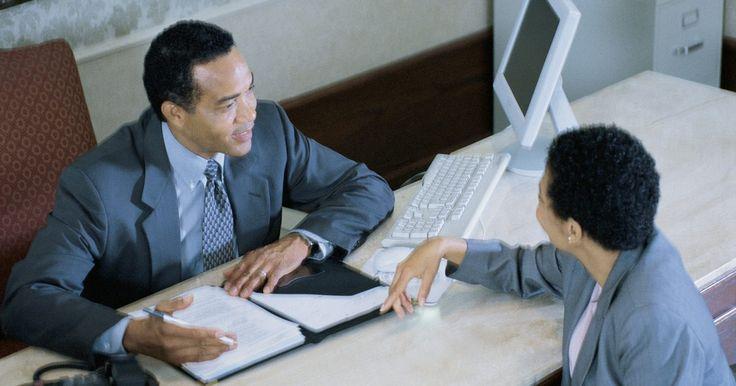 Buenas respuestas para fortalezas y debilidades en una entrevista de trabajo. Una vez que llegues a una entrevista de trabajo, tienes que considerar un número de obstáculos en el camino de en realidad recibir una oferta de trabajo. Sin embargo, el proceso de entrevista puede presentar varias minas potenciales. Una de las preguntas más potencialmente difíciles que puedes enfrentar en una entrevista de trabajo se refiere a ...