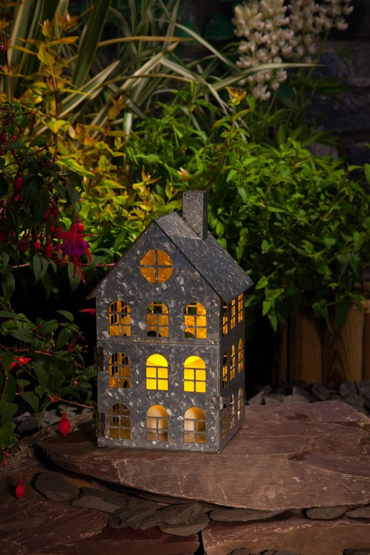 Captivating Metal House Lantern | Garden Lighting | Solare Lighting | NOMA Garden Art