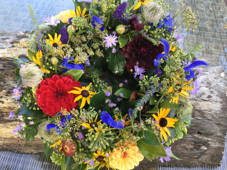 Wreath ring, British flowers, all homegrown in herefordshire, Dahlias, rudbeckia, salvia .