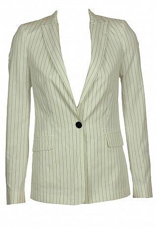 sacouri http://sacouri.fashion69.ro/sacou-zara-mathilda-white/p99435