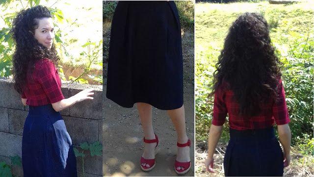 Eliza: Saia jeans midi +  sandália vermelha