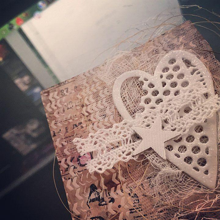 "28 Likes, 1 Comments - @biancabelbar on Instagram: ""#card #christmas #xmas #christmascard #mixedmedia #mixedmediaart #handmade #diy #infusions…"""